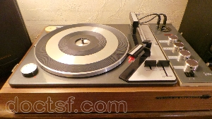 lectrophone platine disque avec ampli la voix de son ma tre rc 491. Black Bedroom Furniture Sets. Home Design Ideas
